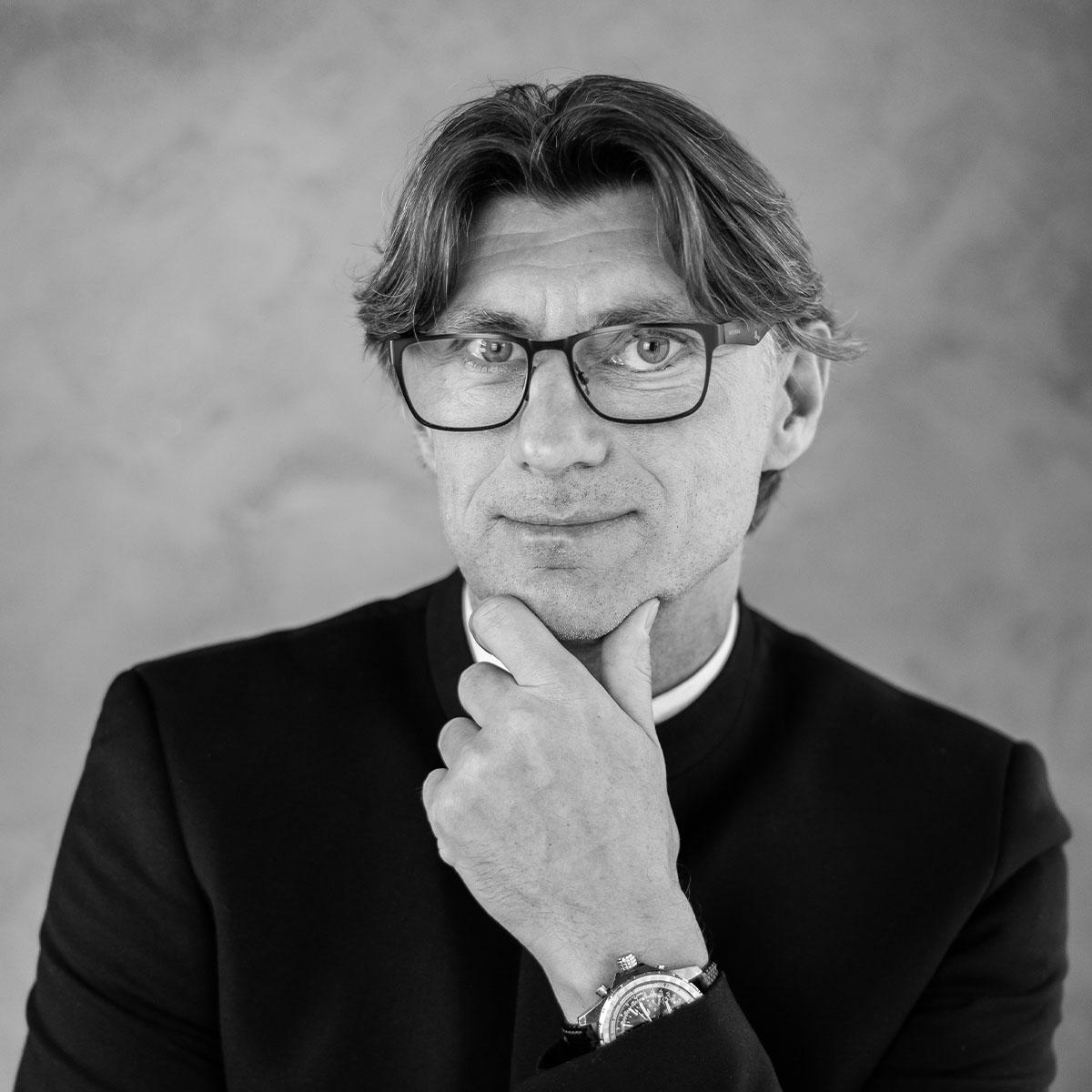 Grzegorz Viktor Krychowski